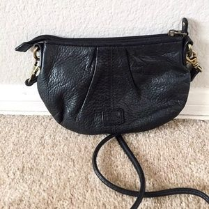 ✨EUC✨ FOSSIL Leather Black Crossbody Bag